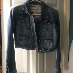 Jean Jacket! Barely used.!!
